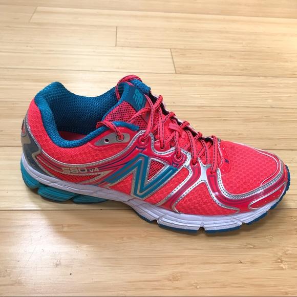 08f3c9140 NEW BALANCE 580 V4 running sneakers, women's 9.